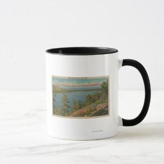 Mug Le lac Tahoe, CA - lac tombé leaf et le lac Tahoe