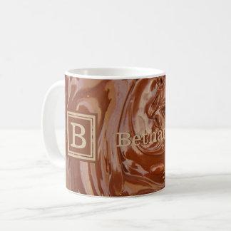 Mug Le monogramme de l'amant de chocolat personnalisé