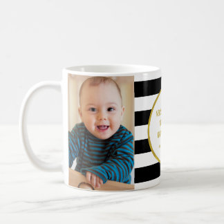 Mug Le noir barre Noël de grand-maman de photo d'or