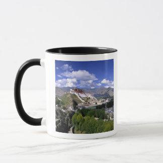 Mug Le Palais du Potala sur la gamme de montagne de