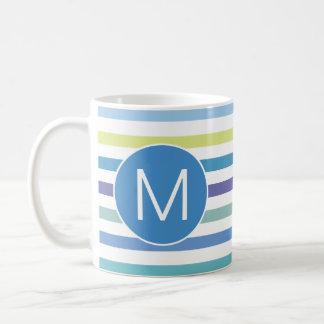 Mug Le pourpre de vert bleu barre la lettre initiale