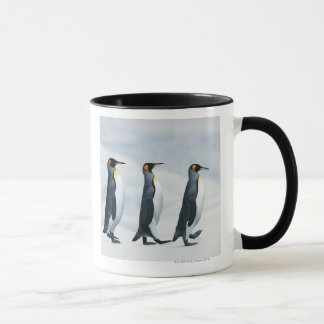 Mug Le Roi pingouins marchant dans le fichier unique