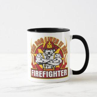 Mug Le sapeur-pompier l'aime chaud