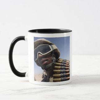 Mug Le soldat de première classe attend son tour