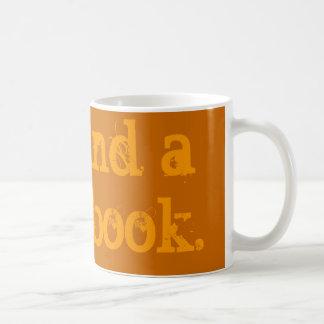 """Mug Le """"thé et un bon livre"""" attaquent"""