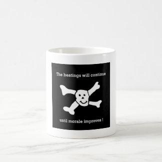Mug Les battements continueront jusqu'à ce que le
