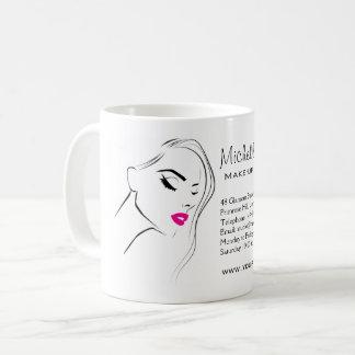 Mug Les belles lèvres roses composent le marquage à