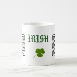 Mug Les Irlandais avec le trèfle et le cercle celtique