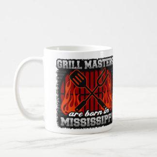 Mug Les maîtres de gril sont nés au Mississippi