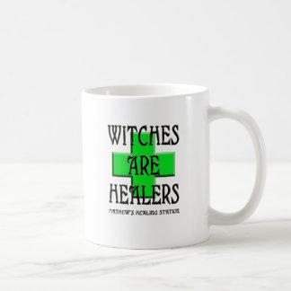 Mug les sorcières sont des guérisseuses