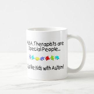 Mug Les thérapeutes d'aba sont les personnes spéciales