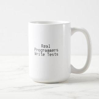 Mug Les vrais programmeurs écrivent des essais