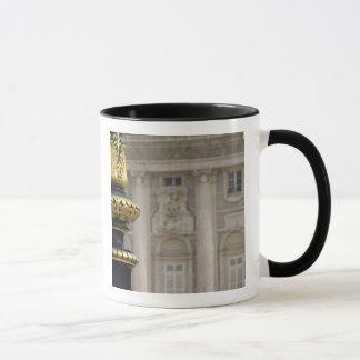 Mug L'Espagne, Madrid. Royal Palace, lampe dorée
