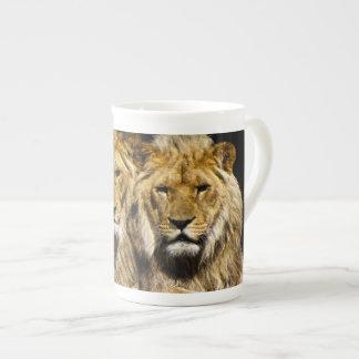 Mug Lions prédateurs dangereux