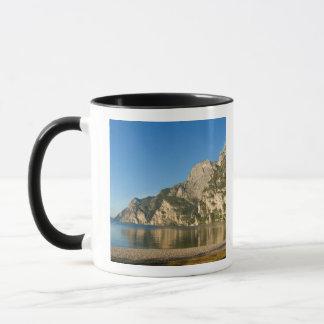 Mug L'Italie, Riva del Garda, policier de lac, bâti
