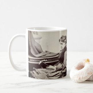 Mug Louisa peut photographie d'Alcott - affectueuse