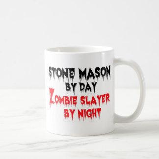 Mug Maçon en pierre par le tueur de zombi de jour par