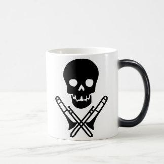 Mug Magic crâne et trombones