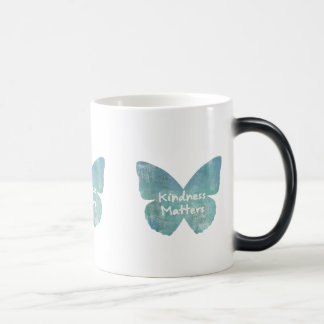 Mug Magic La gentillesse importe papillon