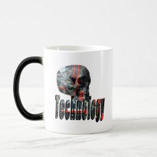 Mug Magic La technologie s'est occupée du logo de crâne
