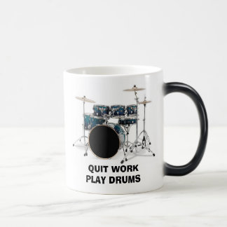 Mug Magic Le jeu stoppé de travail bat du tambour de la
