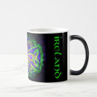 Mug Magic Tasse, noeud celte, Irlande, multicolore