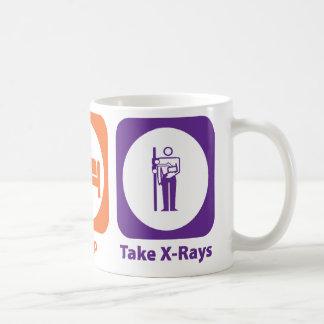 Mug Mangez le sommeil prennent des rayons X