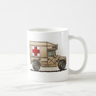Mug Médecin militaire de Hummer d'ambulance