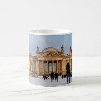Mug Milou Reichstag_001.02.2 (Reichstag im Schnee)