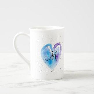 Mug Monogramme bleu de coeur d'aquarelle