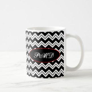 Mug Monogramme noir et blanc Chevron Zizzag de pavot