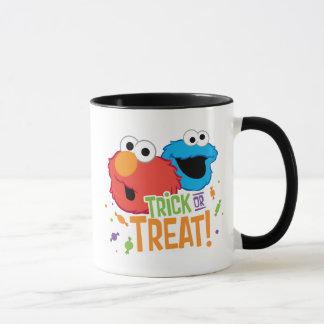 Mug Monstre de biscuit et Elmo - des bonbons ou un