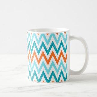 Mug Motif bleu de zigzag d'Aqua orange moderne de