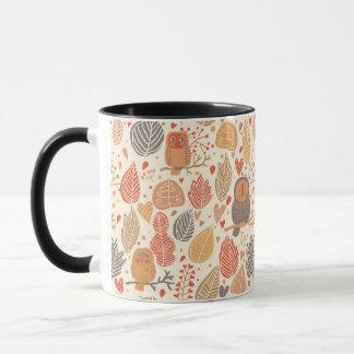 Mug Motif d'automne. Hiboux dans la forêt