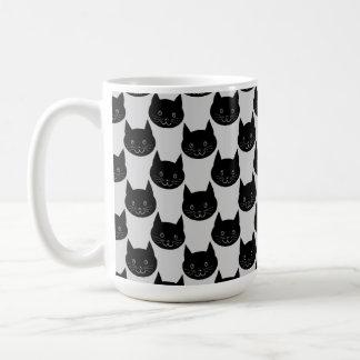 Mug Motif de chat noir sur gris-clair.