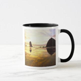 Mug N.A., Etats-Unis, Orégon, coucher du soleil de