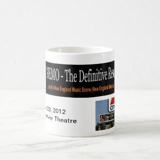 Mug NEMO - Théâtre commémoratif Drinkware de Hannovre