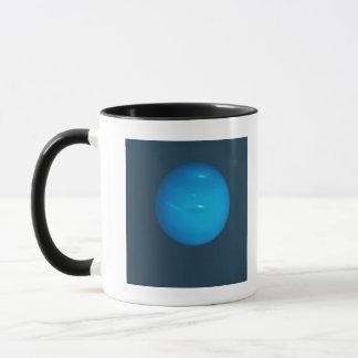 Mug Neptune, l'atmosphère bleu-vert dynamique