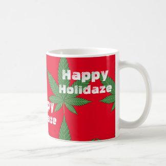 Mug Noël Holidaze heureux de feuille de mauvaise herbe