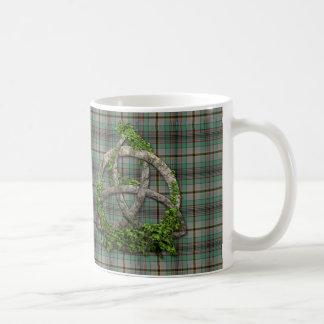 Mug Noeud de trinité et tartan celtiques de Craig de