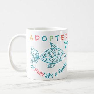 Mug O'Fish'ally a adopté le cadeau orienté d'adoption