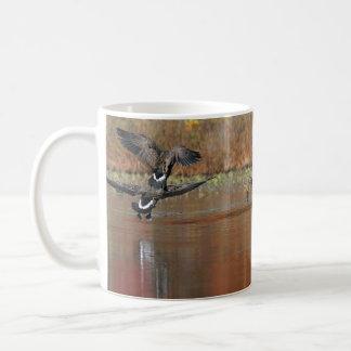 Mug Oies du Canada en vol