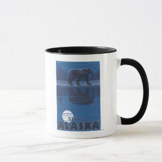 Mug Ours dans le clair de lune - Sitka, Alaska