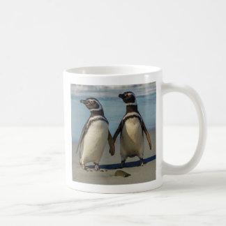 Mug Paires de pingouins sur la plage