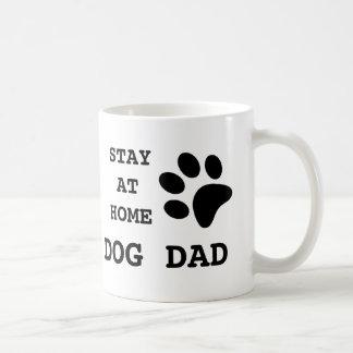 Mug Papa de chien de séjour à la maison