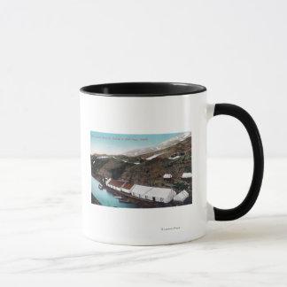 Mug Passage et train de chemin de fer blancs du Yukon