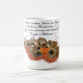 Mug Pekingese Halloween