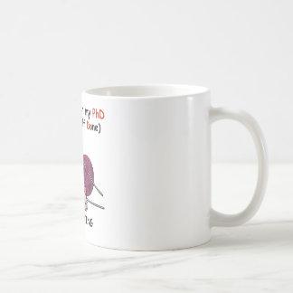 Mug PhD dans le tricot