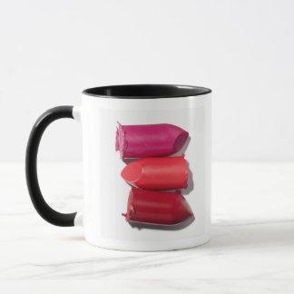 Mug Pile de rouge à lèvres cassé