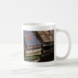 Mug Pile de vieux livre